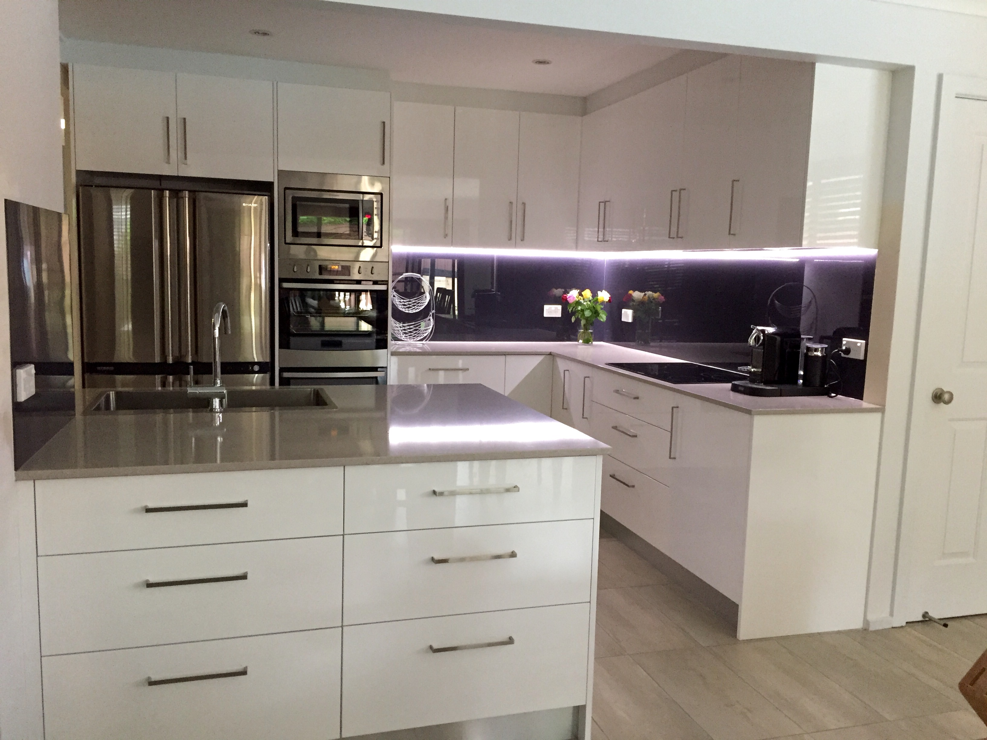 How To Choose A Colour Scheme For Your Kitchen Master